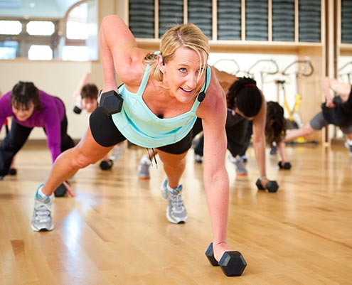 Strength and hiit group exercise at Community Fitness